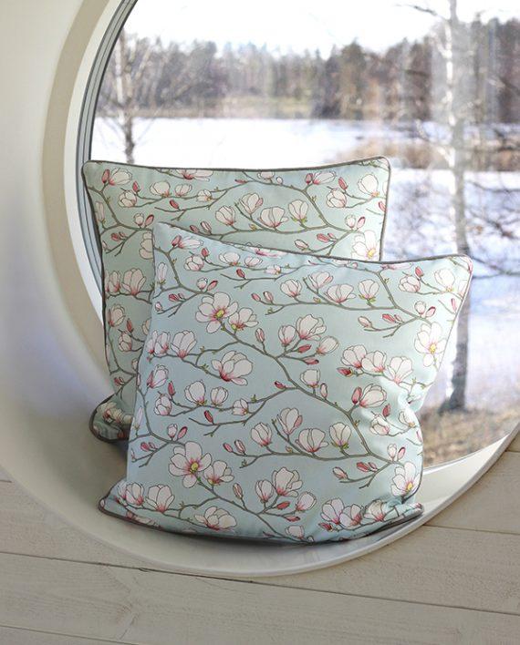magnolia-blå_kudde2